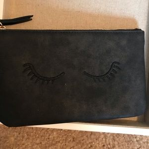 Mini Pouch-Embroidered Lashes